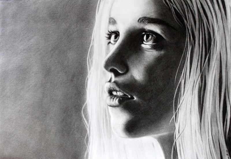 Daenerys Targaryen by Jaki33