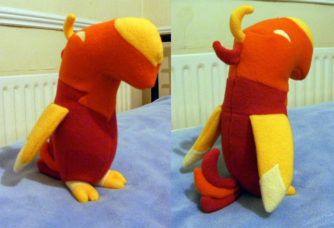 Baby phoenix plushie by hoppip