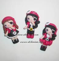 Piratine girl by AlchemianShop