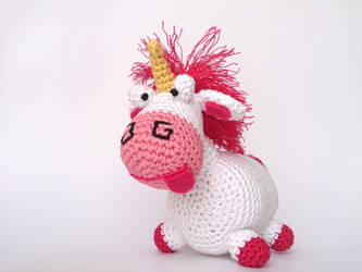 Lil'Fluffy Unicorn from Despicable Me by Armigurumi