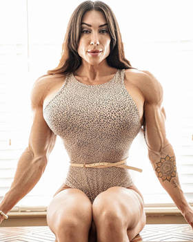 Ashley - Godess of Beauty and Muscle