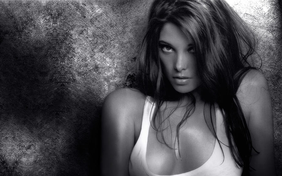 Ashley Greene Sultry