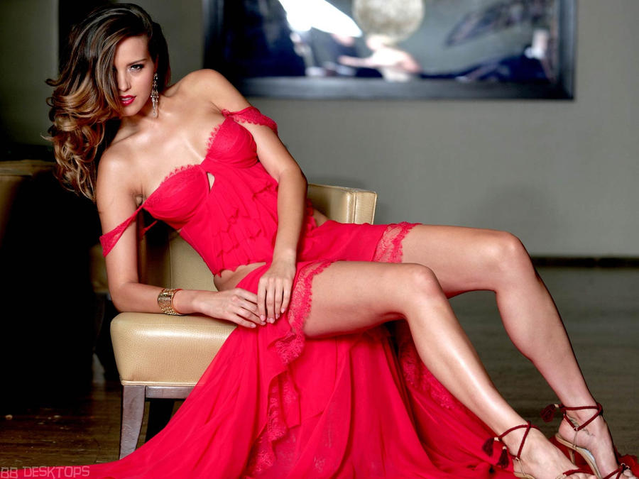 Petra Nemcova in Red by vesperTiLo