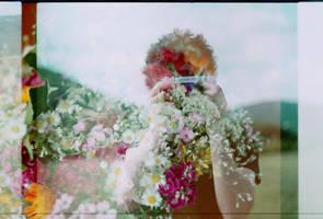 Camera by la-child