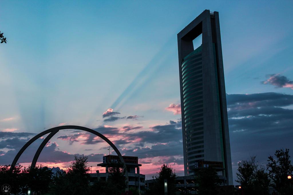Torre de Gobierno by juanjosilva