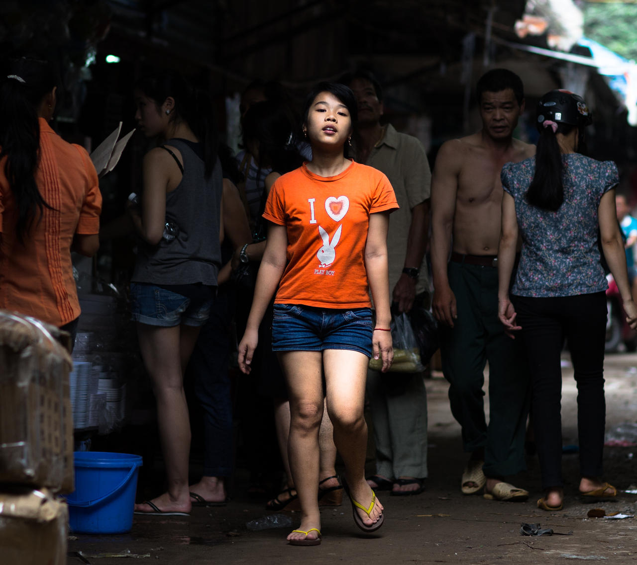Backstreet Catwalk by nnPhoto