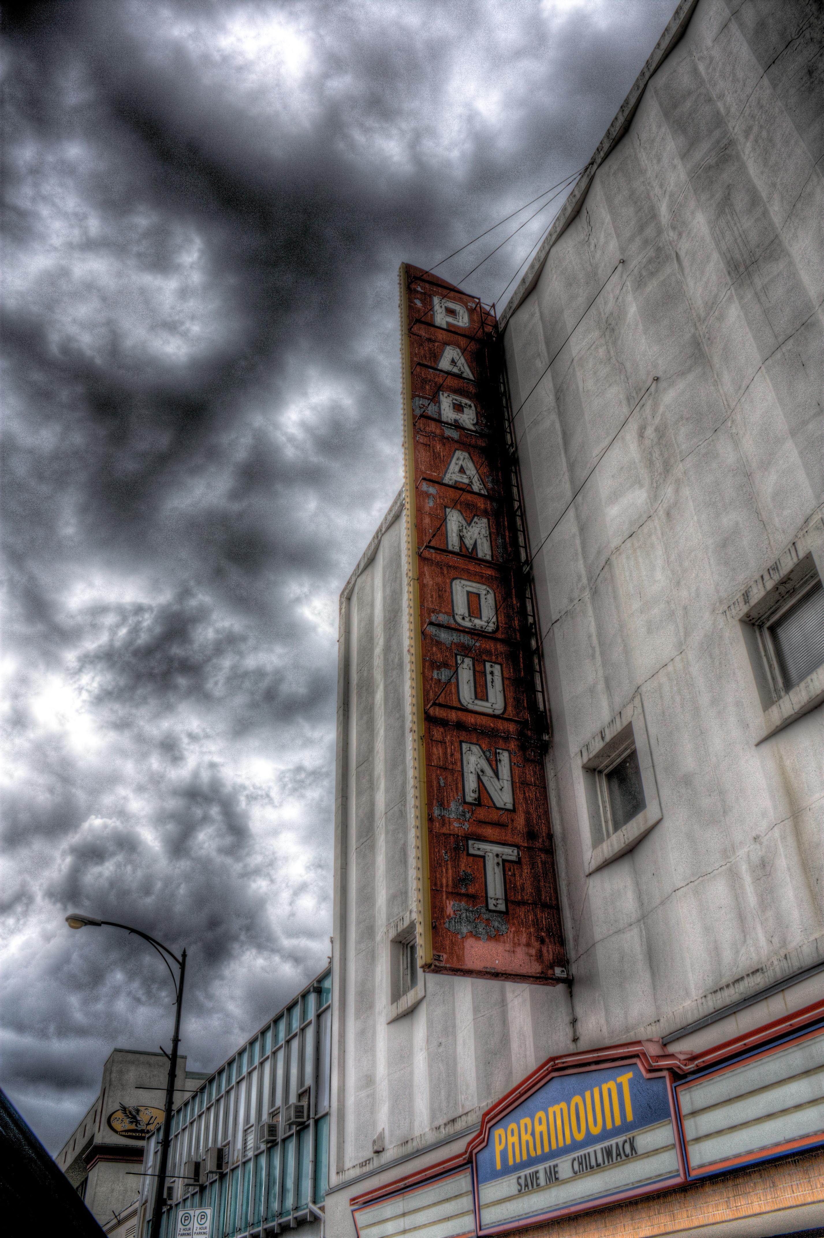 Paramount by jverm