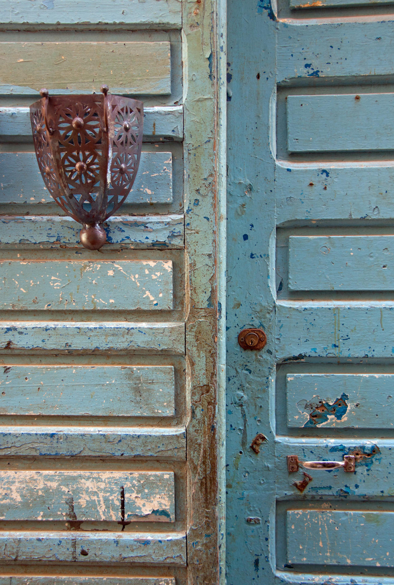 The Blue Doors of Essaouira 1