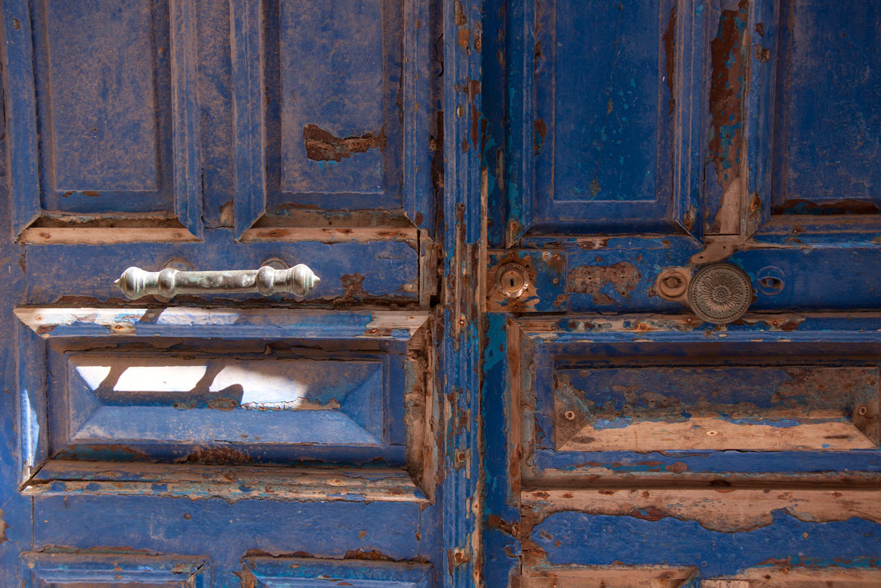 The Blue Doors of Essaouira 2