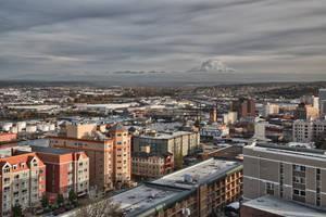 Mount Rainier from Tacoma by arnaudperret