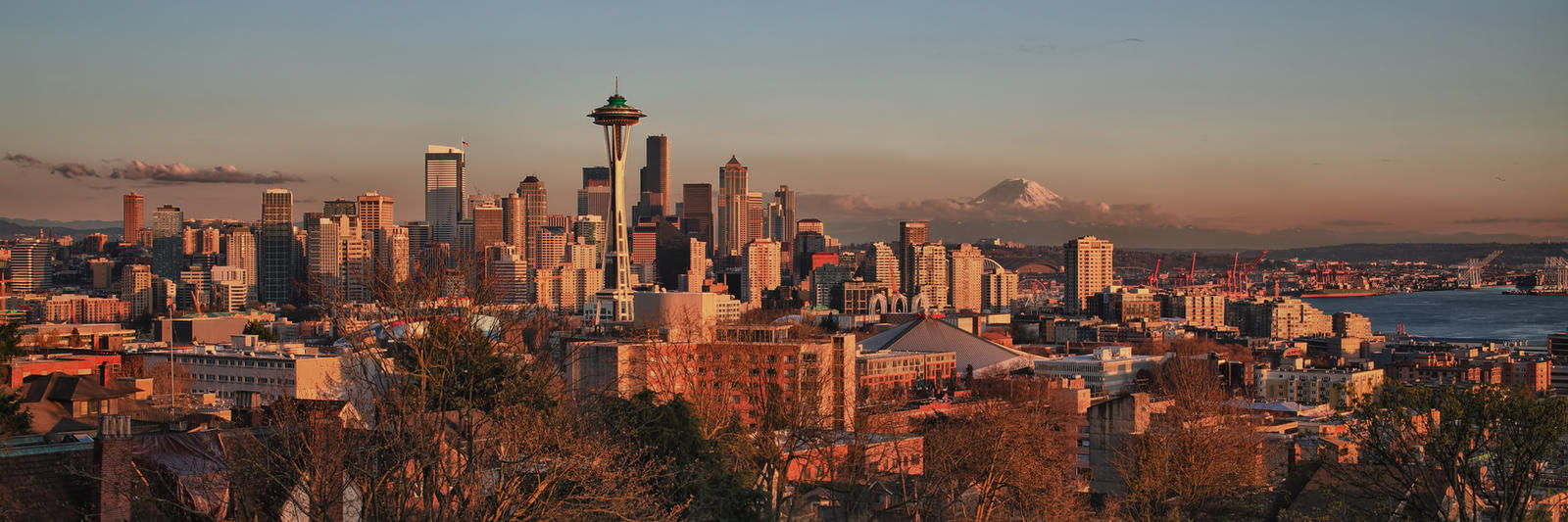 Seattle at Sunset (pan) by arnaudperret