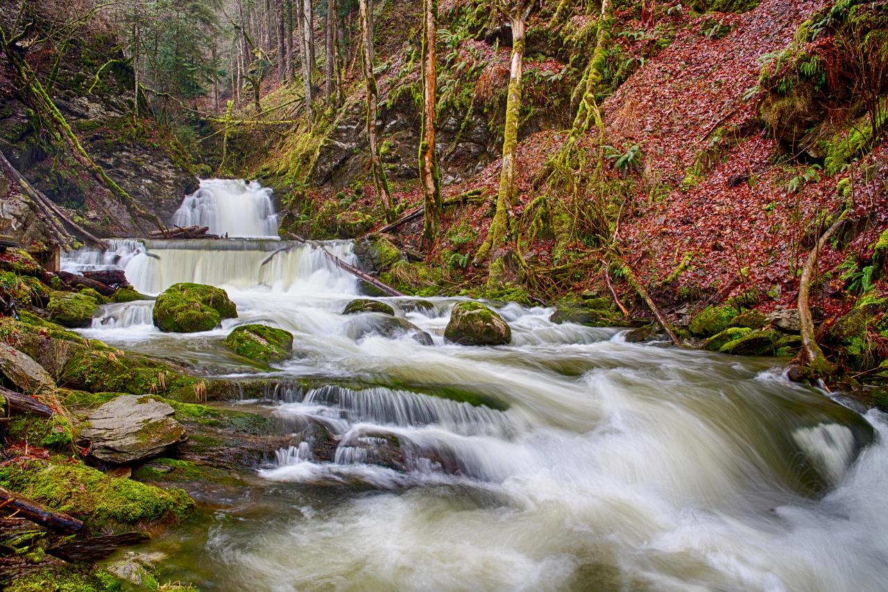 Cascade Thorens by arnaudperret