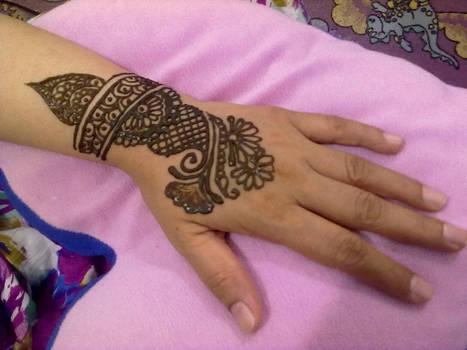 Mom's henna 16