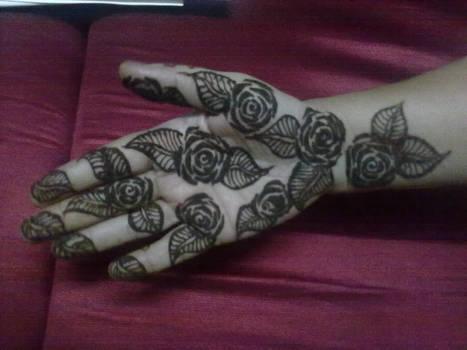 Roses Henna