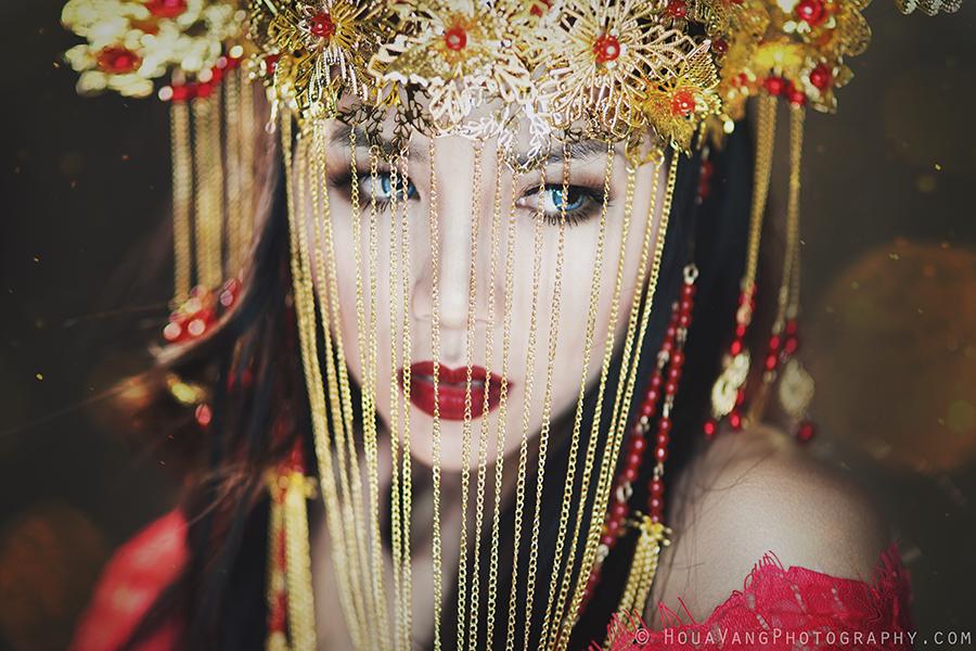 Golden by HouaVang