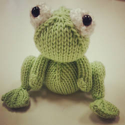 Knitted Frog Prince by Krysa-Mae