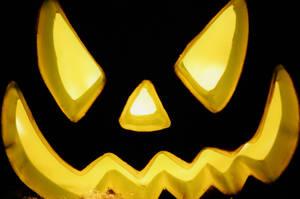 Happy Halloween 2009 by Pendragon-007