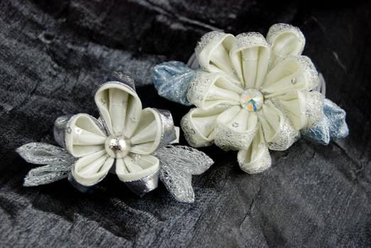 Kanzashi Snow Blossoms
