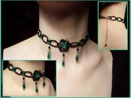 Emerald tears choker by Nanethiel