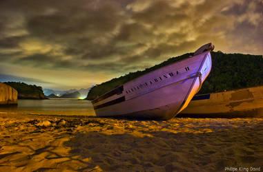 Little boat at night ni Rio