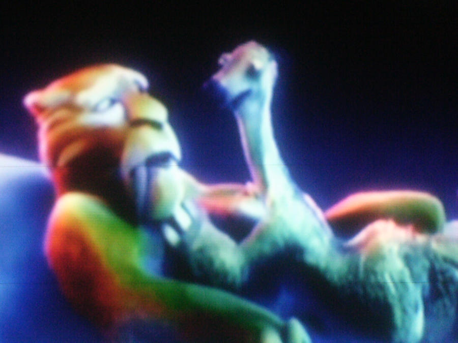 ice age 4 shira and diego kiss - photo #1