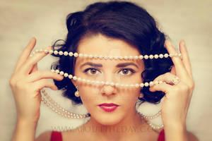 Pearls with Elizabeth Taylor