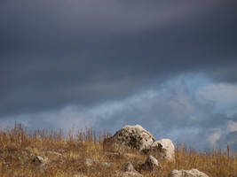 hilltop rocks by fotophi