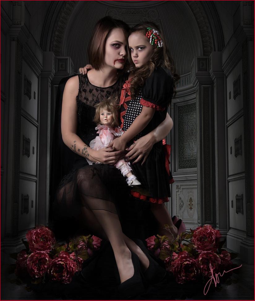 Mommy Dearest by fotophi