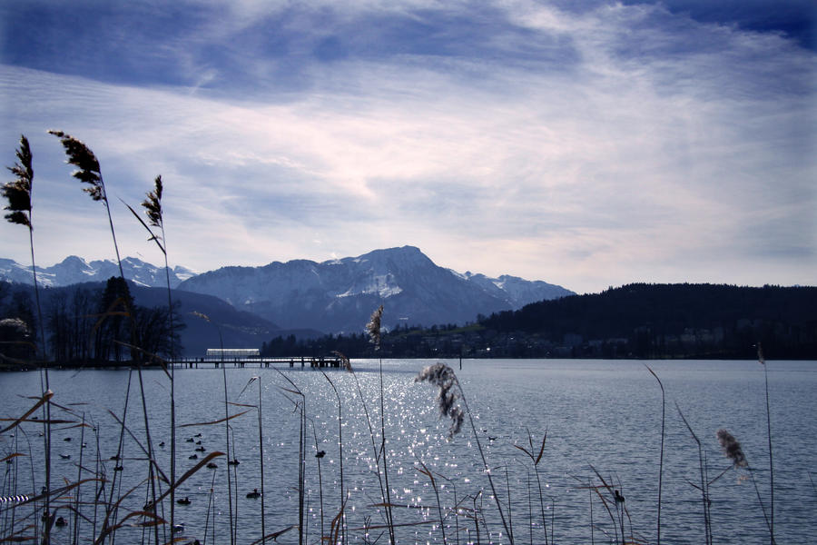 LAKE blue holiday