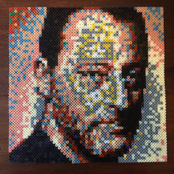 Jean Reno in beads ! :) by MaryJaneee