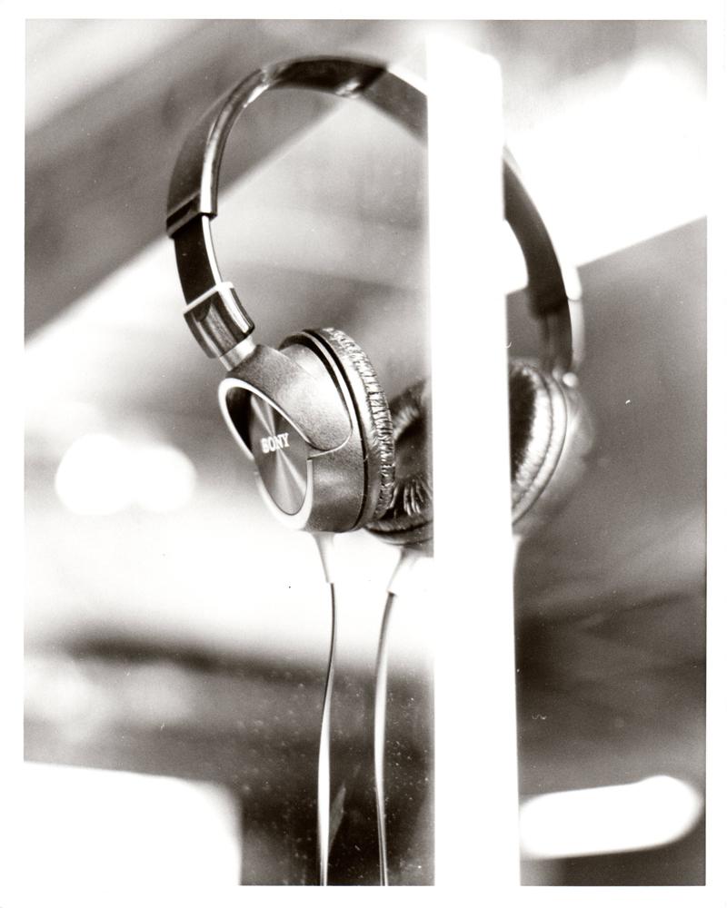 Reflection 01 - Headphones by artisticTaurean