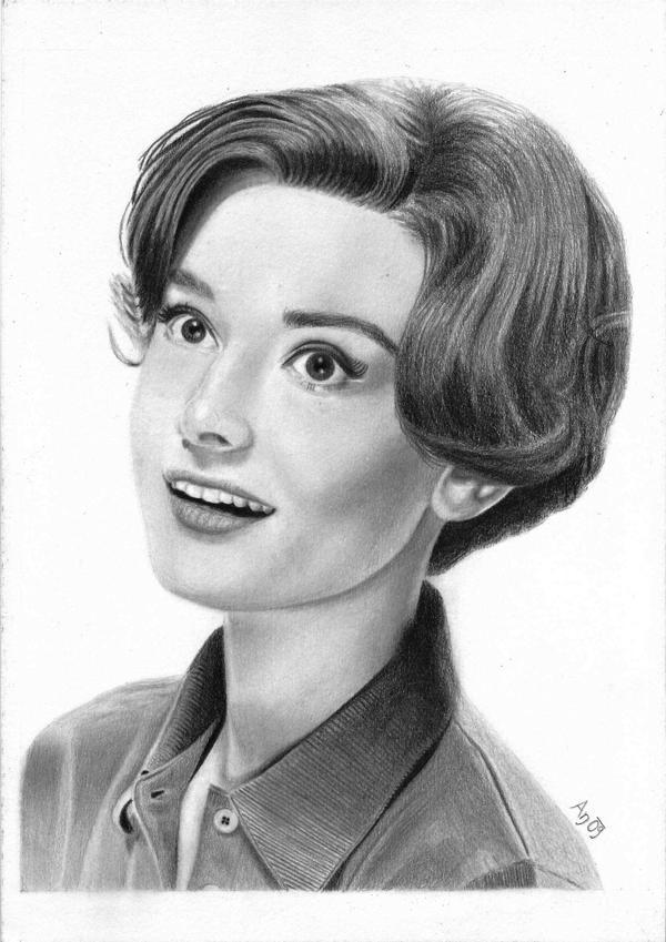 Audrey Hepburn by Andune88