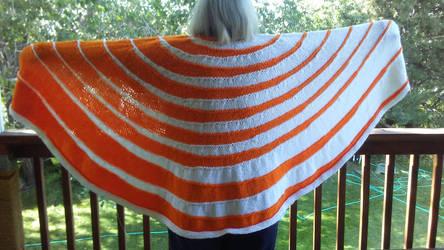 Merging Ripples Shawl orange