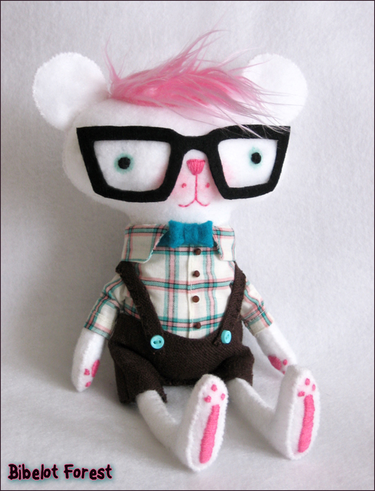 Mortimer The Geeky Bear by BibelotForest