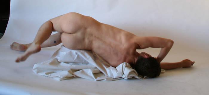 dead male nude