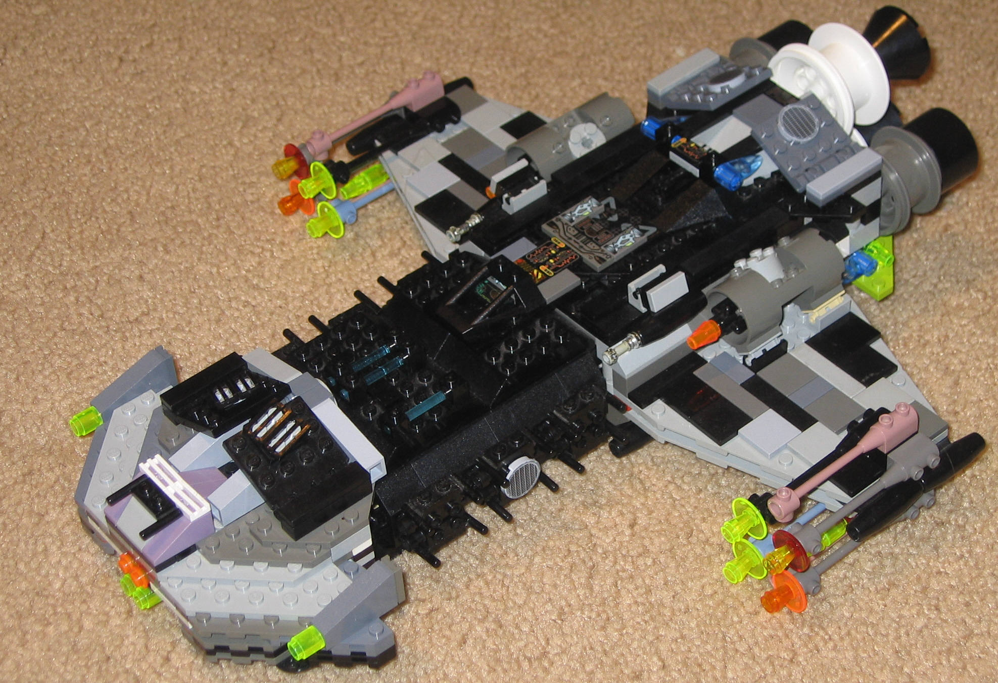 Starcraft Battlecruiser-Legos by Ajmooch