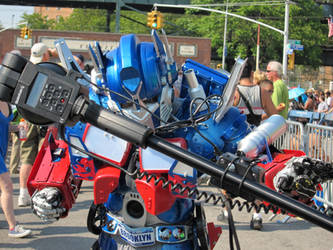 Optimus Prime-Q-Spark by Kyence