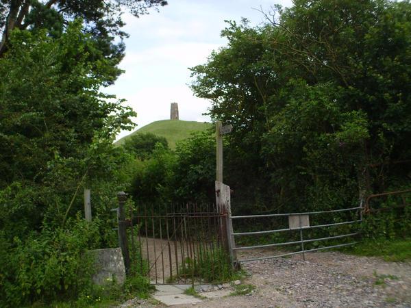 Glastonbury Tor by speculativism