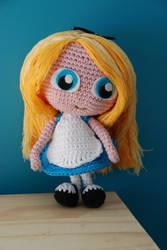 Crochet : Alice in wonderland by Ahookamigurumi