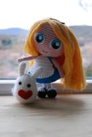 Crochet : Fluffy Rabbit (pattern !) and Alice by Ahookamigurumi
