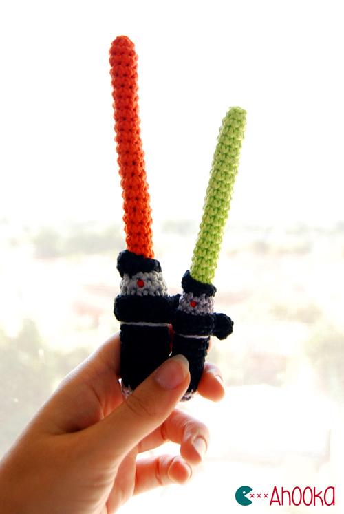 Star Wars lightsaber [crochet] pattern by Ahookamigurumi