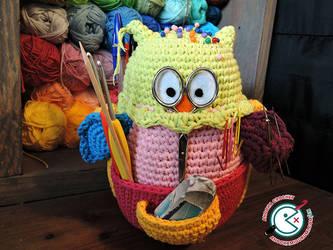 Owlivia The Crochet Owlganizer
