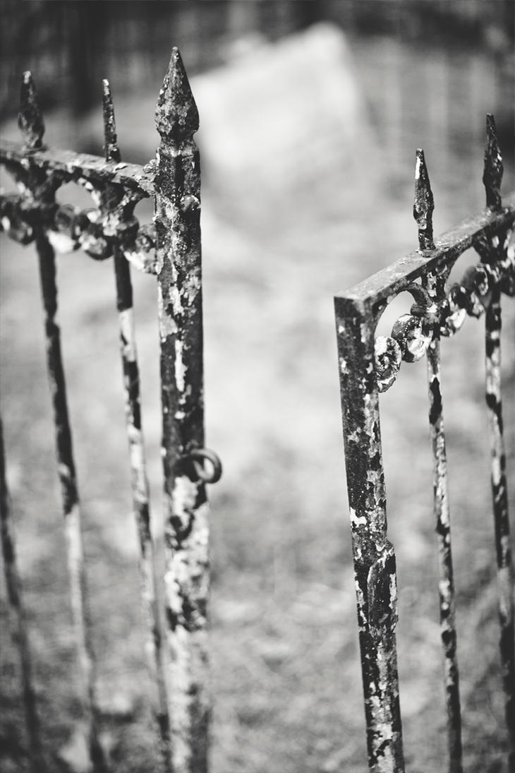 Gates by birdofdecadence