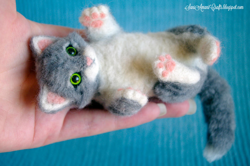 Needle felting - Grey Kitten
