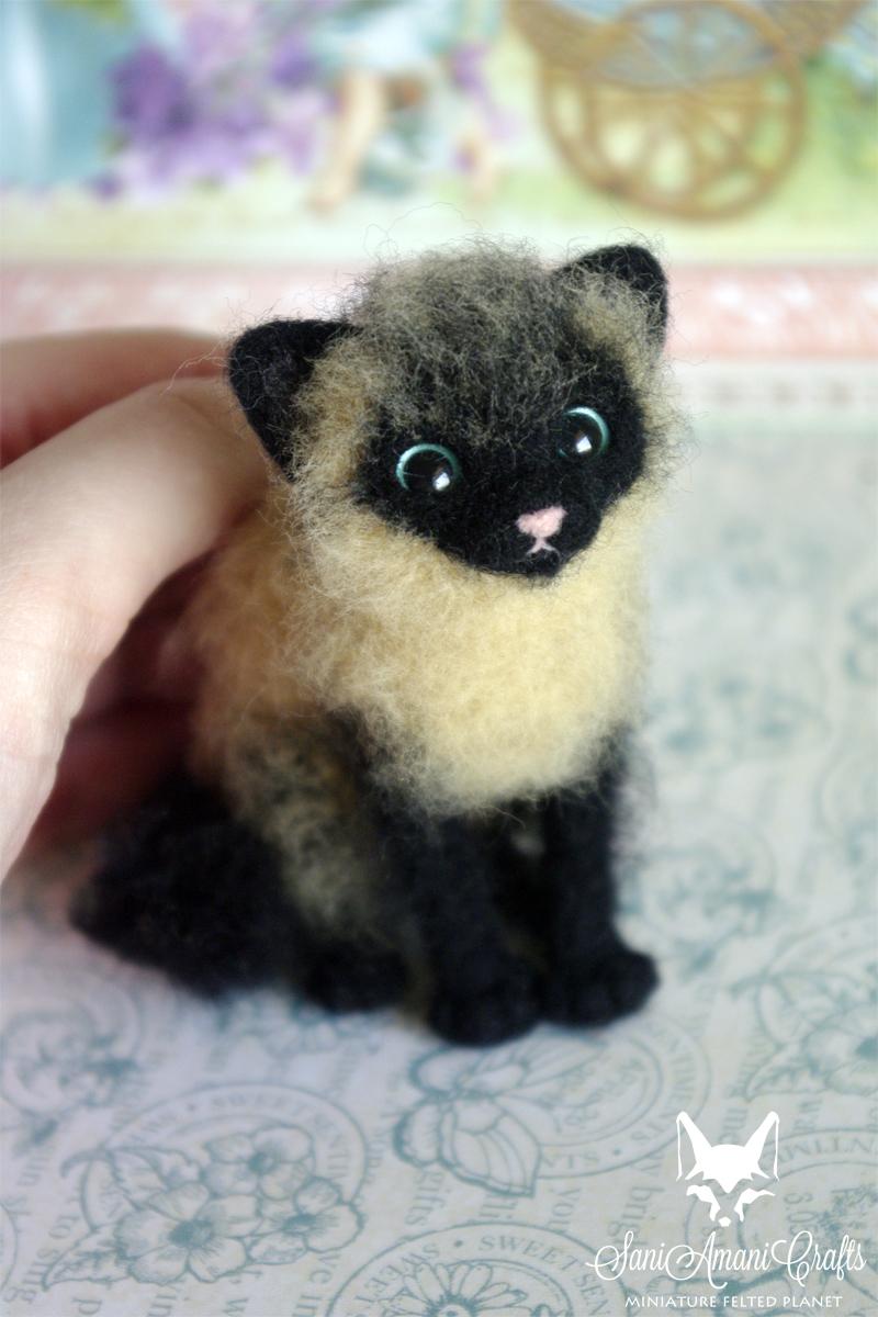siamese kitten by SaniAmaniCrafts