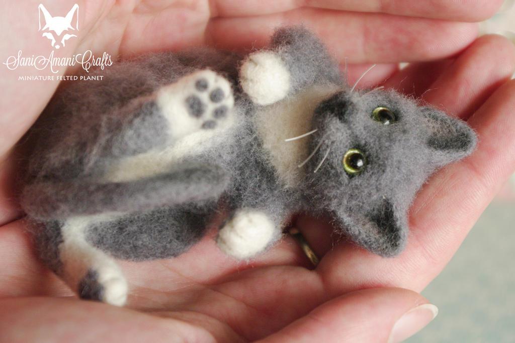 Lille / Cat pet portrait II by SaniAmaniCrafts