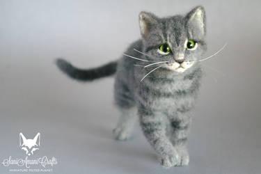 Gigi cat I by SaniAmaniCrafts
