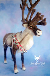 Soft sculpture reindeer by SaniAmaniCrafts