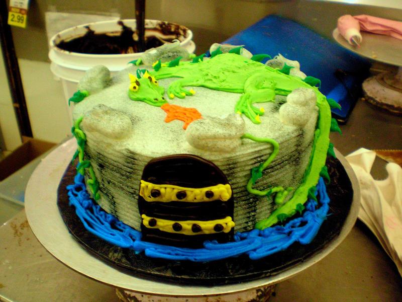 Icing A Cake Before Fondant