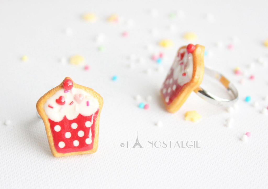 Sprinkle Designs On Cakes